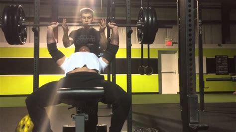 elliott hulse bench press max 350lb 160kg incline bench press youtube