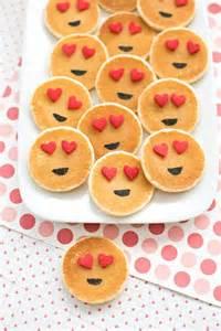 easy mini emoji pancakes cute breakfast idea for kids recipes for kids pinterest for