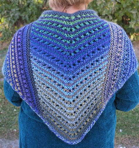 pattern knitting shawl shawls for bulky yarn knitting patterns in the loop knitting