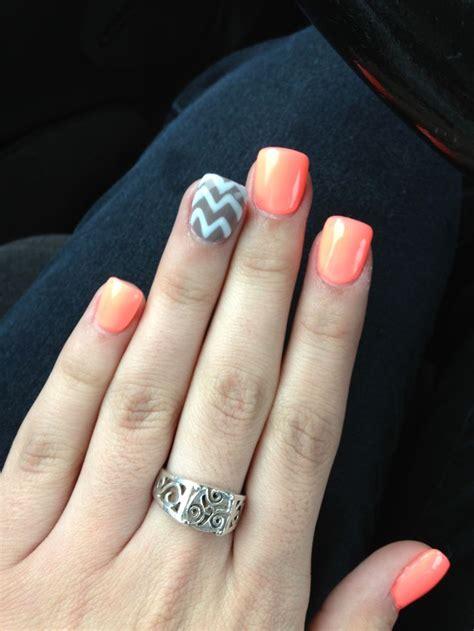 chevron pattern on nails best 25 coral chevron nails ideas on pinterest pink