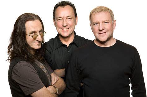 lavorare in una casa discografica la leggendaria band canadese firma per roadrunner