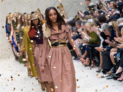Ny Fashion Week by Nyc Fashion Week Becoming More Exclusive Business Insider