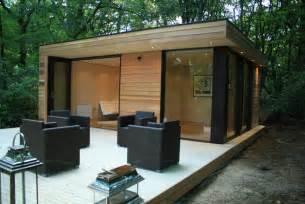 Backyard Studio Plans by In It Studios Prefab Garden House Is A Modern Small Space