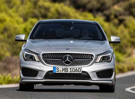 Mercedes Car Wallpapers Hd Free by Best Mercedes Car Wallpapers Free Hd Desktop