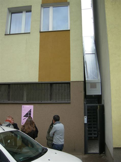 keret house file the keret house in warsaw poland jpg wikimedia commons