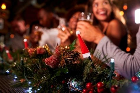 special things to do at christmas for work 10 tips for the work things you should and shouldn t do bath chronicle
