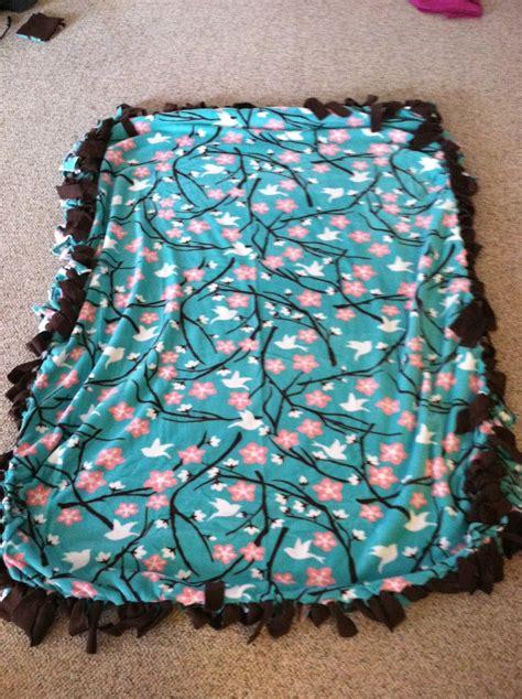 No Sew Fleece Quilt Blanket by No Sew Fleece Blanket Fabric Patterns