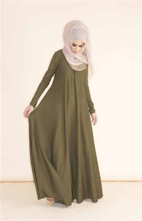 design dress hijab love this cute hijab style with this long green abaya