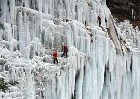 frozen waterfalls frozen waterfall photos 20 pics of nature s ice