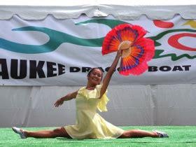 dragon boat festival 2018 milwaukee photo gallery dragon boat festival makes a splash 187 urban