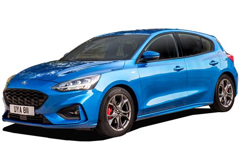 ford focus hatchback  review carbuyer