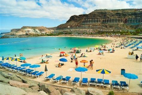 Wonderful Christmas Puerto Rico #1: Playa-de-amadores-puerto-rico-de-gran-canaria.jpg