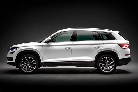 skoda jeep new skoda kodiaq suv official pictures auto express