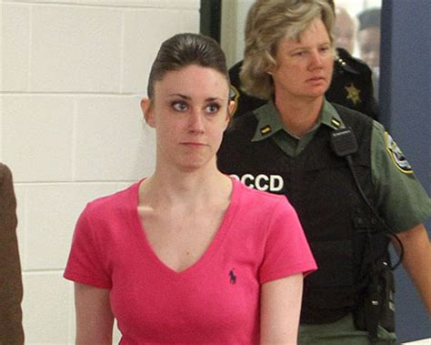 wtf alert tis wifes permanent eye color change gossip casey anthony comes out of hiding for hot wings