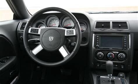 Dodge Challenger Rt Interior by 2010 Dodge Challenger Se V 6 Interior Photo