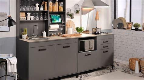 relooker cuisine en bois 218 cr 233 dence cuisine laquelle choisir relooking carrelage