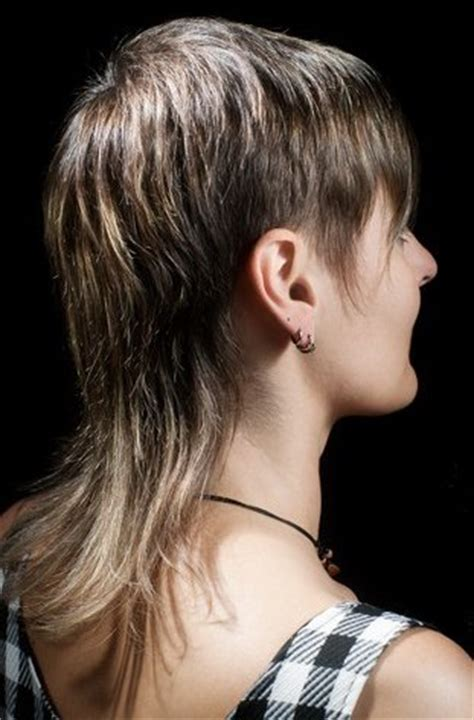 Mullet for women, hairstyle with short layers on the sides