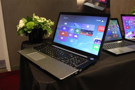 toshibas satellite laptops  intel haswell  designs