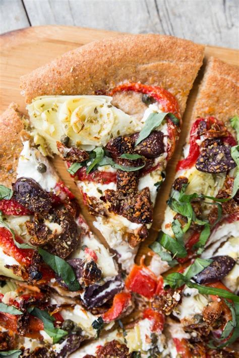 Pantry Pizza by Easy Mediterranean Pantry Pizza Veggie And The Beast