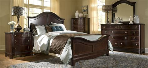 ferron court bedroom collection  broyhill shop hickory