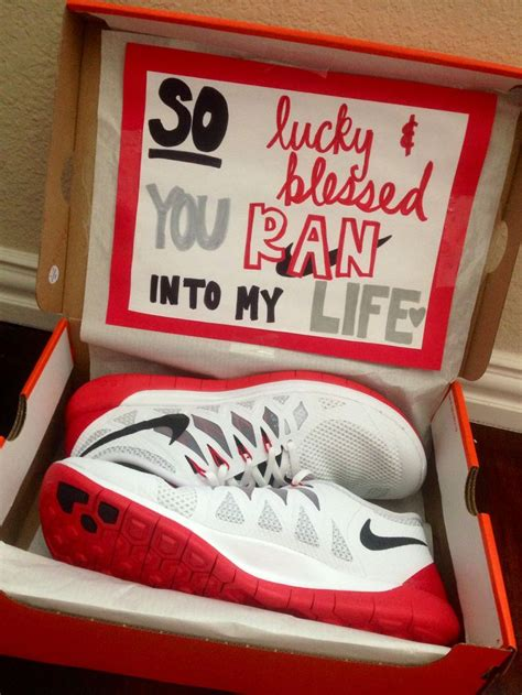 14 Best Inexpensive Gift Ideas For Your Boyfriend by 1000 Ideas About 1 Year Anniversary On