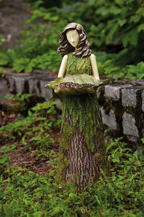 Tree Stump Decor by 20 Recycle Tree Stump Ideas Page 2 Of 3