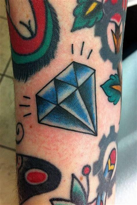 diamond tattoo leg cool looking blue diamond tattoo on leg tattoomagz