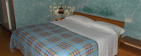 matrimoniale doppia con letti singoli matrimoniale doppia con letti singoli albergo