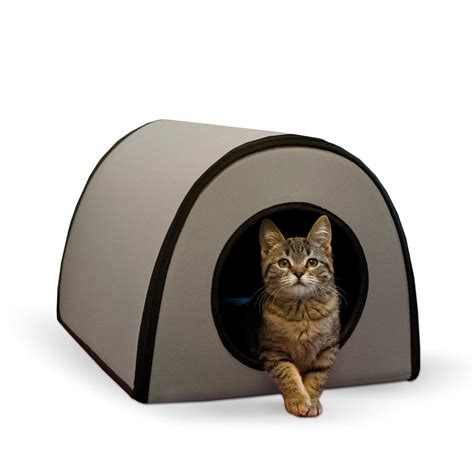 outdoor heated cat bed amazon com k h manufacturing outdoor kitty house 18 x