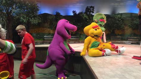 barney show universal studios barney universal 2017