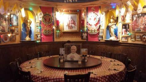 buca di beppo pope room the pope s table picture of buca di beppo washington dc tripadvisor