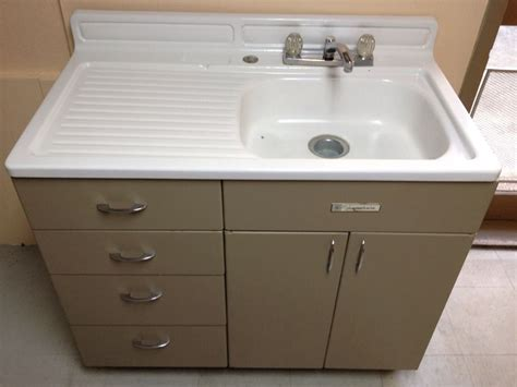 kitchen cabinets sink vintage metal kitchen sink cabinet on popscreen
