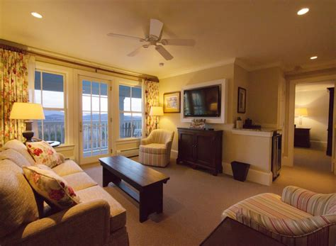 summit bedroom suite romantic hotels in nh luxury suites in new hshire