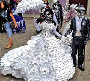 amazing halloween costumes recycled from plastic