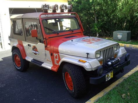 Jurassic Jeep Ebay Find Of The Day Jeep Wrangler Jurassic Park Edition