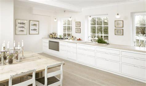 Kitchen With Only Lower Cabinets by Stylov 233 Kuchyn茆 Se Skandin 225 Vsk 253 M Dotekem Styl A Interier