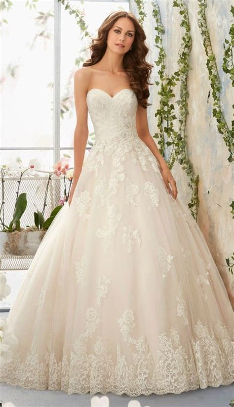 25  best ideas about Wedding dress shapes on Pinterest
