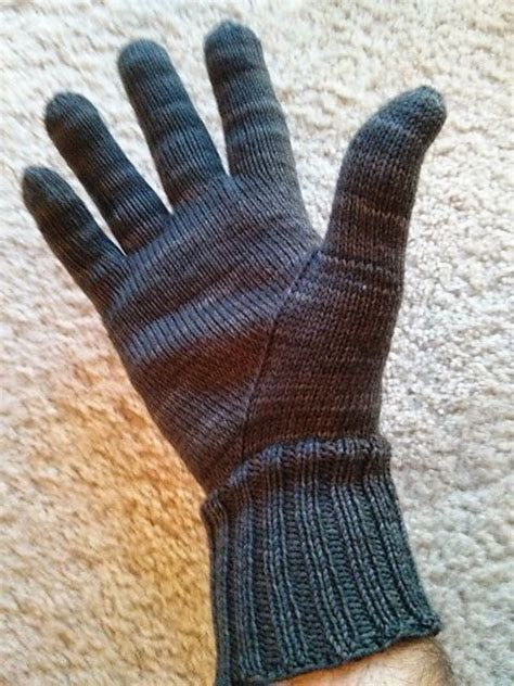 how to knit gloves with fingers for beginners 25 best ideas about knitted gloves on