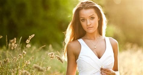 Natural Light Outdoor Portrait Photography Expert Tips Outdoor Portrait Photography Lighting