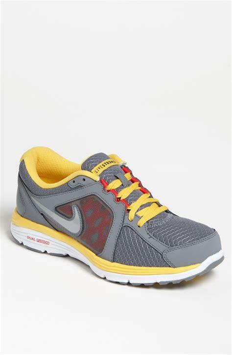 nike dual fusion run livestrong running shoe in gray