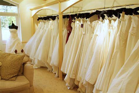 Dress Shops Quest For The Wedding Dress Wedding Checklists