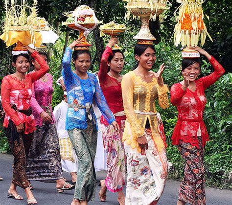 Kebaya Pitalokaa Kebaya Bali Kebaya Jadi sheren permana kebaya