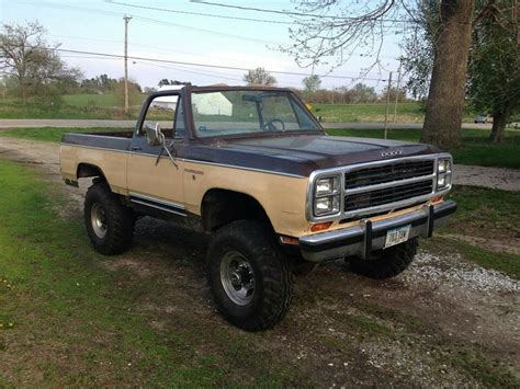 79 dodge ramcharger 35 best images about 4x4 on ford 4x4 chevy
