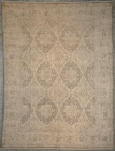 rugs rugs and more rugs finest medallion agra 29106 rugs more