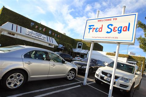 l stores los angeles l a hotspots the fred segal store on ave in los