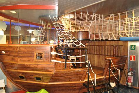 bett piratenschiff schiff als bett ihr traumhaus ideen