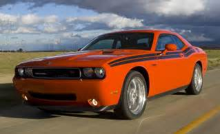 09 Dodge Challenger Rt Car And Driver