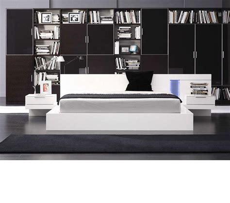 alaska bedroom furniture dreamfurniture alaska modern white lacquer bed