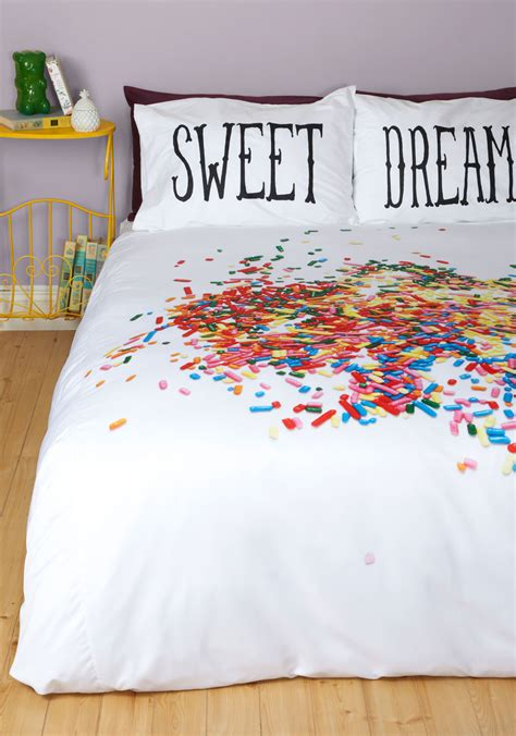 Duvet Covers That Keep You Cool gift ideas for cool friends you hang out with cool gifting