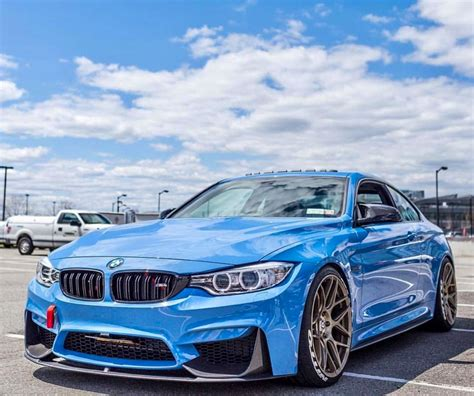 bmw beamer blue bmw m4 i b lew m y w hat blue beamer